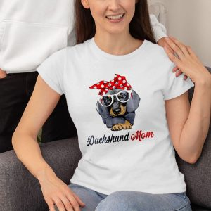 Dachshund Mom Women's T-Shirt