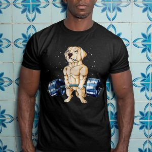 Funny Yellow Labrador in Gym Fitness Men's T-Shirt