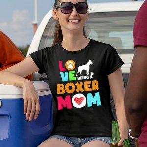 Love Being a Boxer Mom Women's T-Shirt