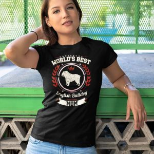 World's Best English Bulldog Mom Women's T-Shirt